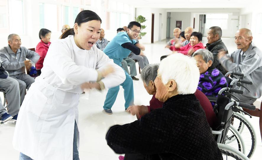 探索社会组织参与养老服务的新路径
