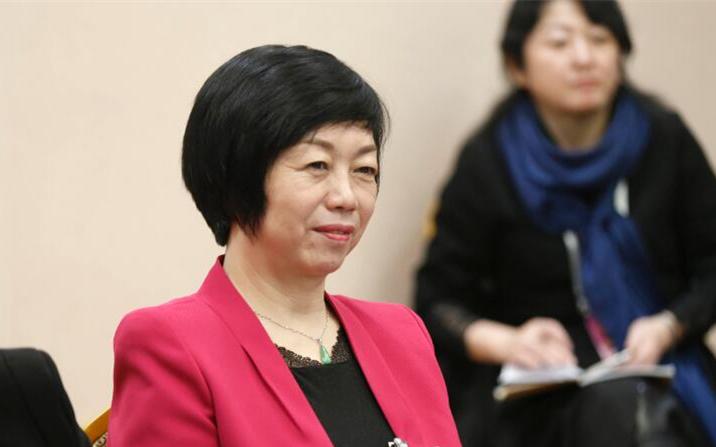 辽宁省人大代表杜娟:积极发展社区居家养老服务