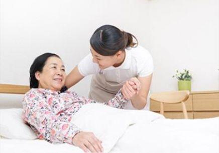 """武汉发出4个""""养老大礼包""""  养老护理员最高可获5千元补贴"""